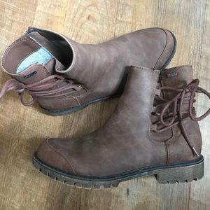Roxy Kearny Boot